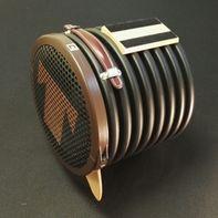 Luidsprekerbox met magneetvoet