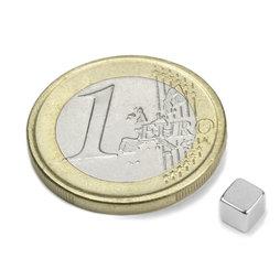 W-04-N, Kubusmagneet 4 mm, neodymium, N42, vernikkeld