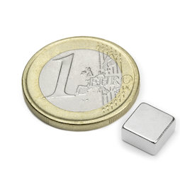 Q-08-08-04-N, Blokmagneet 8 x 8 x 4 mm, neodymium, N45, vernikkeld