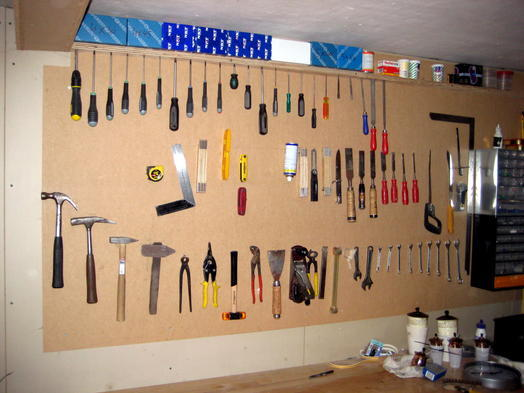 Magneettoepassingen gereedschap met magneten ophangen - Tablero para herramientas ...