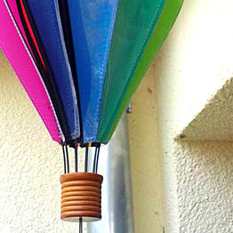 Hanging up wind chimes and lanterns with hook magnets